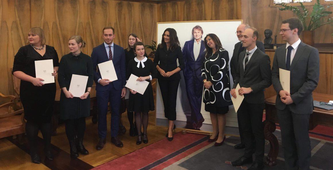 Stypendia im. dr. Jana Kulczyka dla wybitnych studentów i doktorantów UAM wręczone